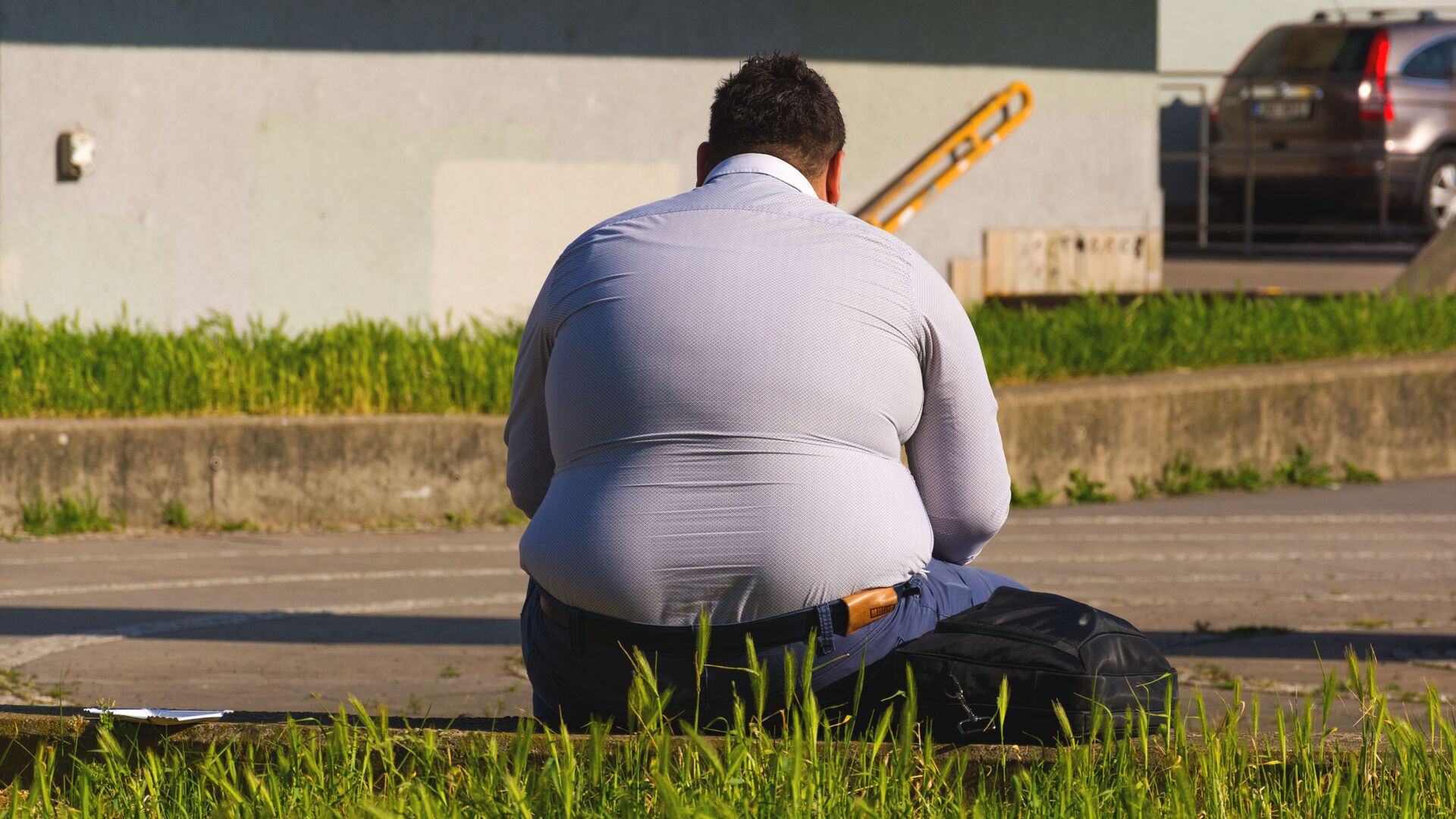 Παχύσαρκος άντρας - Sputnik Ελλάδα, 1920, 06.10.2021