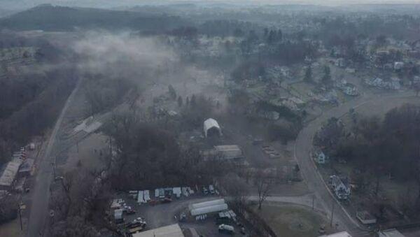 Τοξικό νέφος πάνω από μικρή πόλη  μετά από διαρροή σε εργοστάσιο αποβλήτων στη Δυτική Βιρτζίνια των ΗΠΑ - Sputnik Ελλάδα