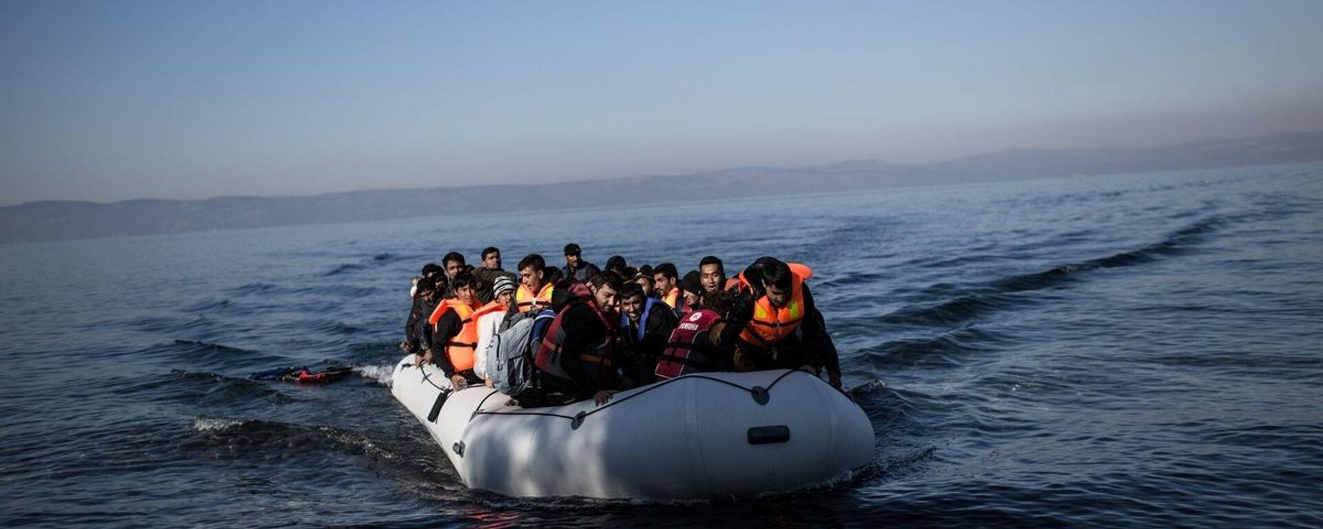 Πρόσφυγες και μετανάστες στο Αιγαίο - Sputnik Ελλάδα, 1920, 31.08.2021