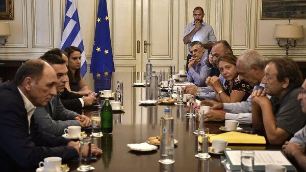 Συνάντηση Τσίπρα με συντονιστικές επιτροπές πυρόπληκτων - Sputnik Ελλάδα