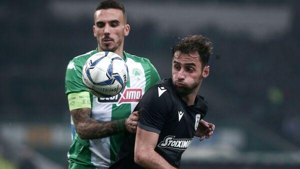 Δημήτρης Κουρμπέλης και Μαουρίσιο στο Παναθηναϊκός - ΠΑΟΚ 0-1 - Sputnik Ελλάδα