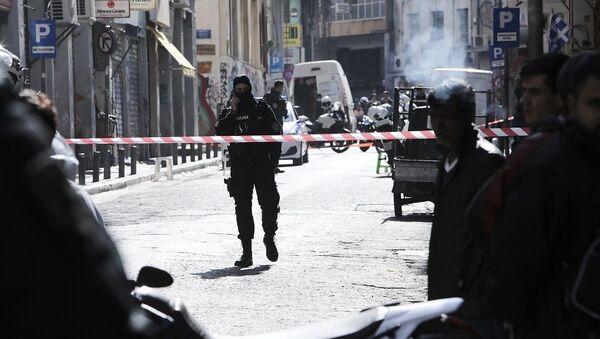 Αστυνομικοί στην οδό Μενάνδρου - Sputnik Ελλάδα