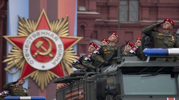 Στρατιωτική παρέλαση για την «Ημέρα της Νίκης» στη Μόσχα - Sputnik Ελλάδα