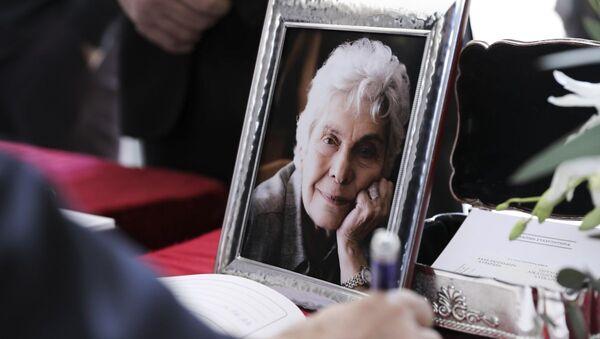 Νεκρώσιμος ακολουθία της ποιήτριας Κικής Δημουλά, Αθήνα, 25 Φεβρουαρίου 2020 - Sputnik Ελλάδα