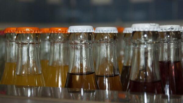Μπουκάλια με αναψυκτικό - Sputnik Ελλάδα
