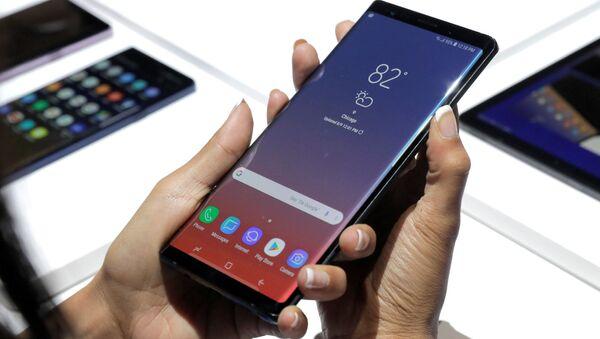 Παρουσίαση του Samsung Galaxy Note 9 - Sputnik Ελλάδα