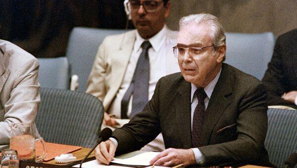 Ο πρώην Γενικός Γραμματέας του ΟΗΕ, Χαβιέρ Πέρες ντε Κουέγιαρ - Sputnik Ελλάδα