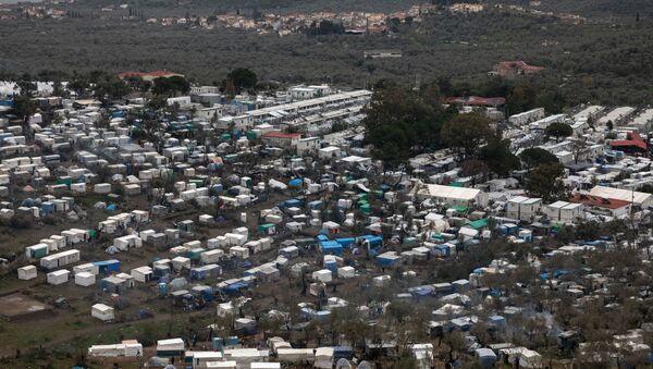 Πανοραμική άποψη του καταυλισμού με μετανάστες και πρόσφυγες στη Μόρια - Sputnik Ελλάδα