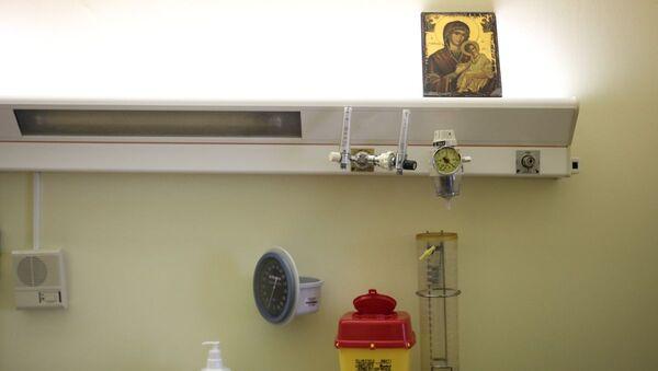 Παρουσίαση θαλάμου ετποιμότητας αποσυμπίεσης για τον κορωναϊό, στον Αττικό Νοσοκομείο, Αθήνα, στις 5 Φεβρουαρίου, 2020 - Sputnik Ελλάδα