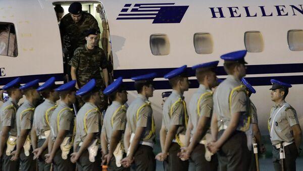 Υποδοχή ελλήνων στρατιωτικών - Sputnik Ελλάδα