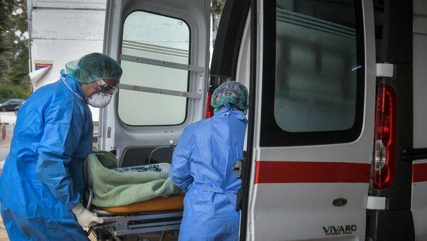 Παραλαβή υγειονομικού υλικού στο Νοσοκομείο Σωτηρία - Sputnik Ελλάδα