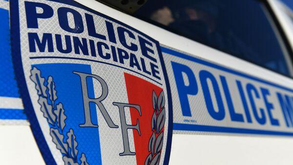 Περιπολικό τοπικής αστυνομίας στη Γαλλία - Sputnik Ελλάδα