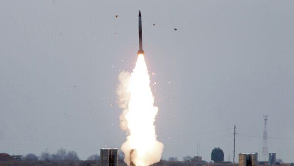 Εκτόξευση του πυραύλου εδάφους - αέρος Pantsir-S - Sputnik Ελλάδα