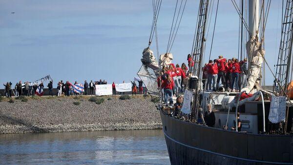 Ολλανδοί μαθητές διαπλέουν τον Ατλαντικό - Sputnik Ελλάδα