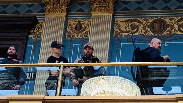 Διαδηλωτές με όπλα μπήκαν στο Καπιτώλιο του Μίσιγκαν - Sputnik Ελλάδα