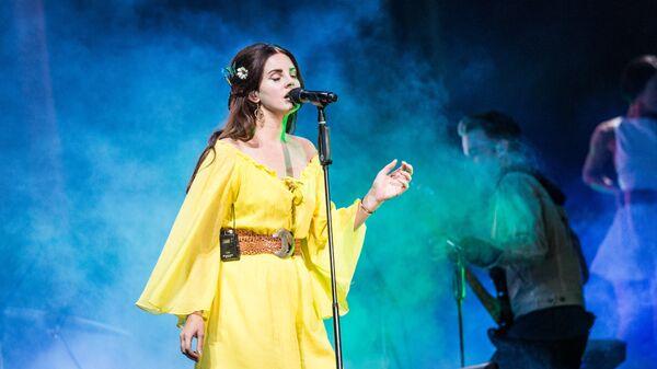 Η Αμερικανίδα τραγουδίστρια και τραγουδοποιός Λάνα Ντελ Ρέι - Sputnik Ελλάδα