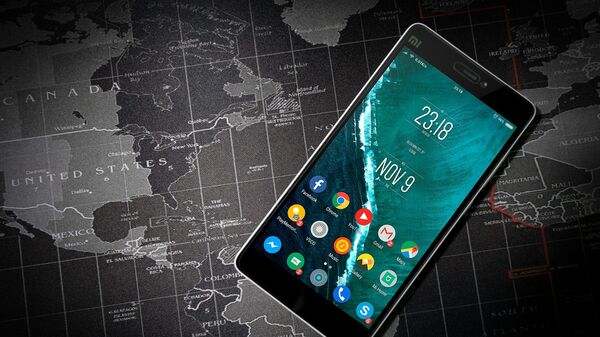 Κινητό τηλέφωνο με λογισμικό Android - Sputnik Ελλάδα