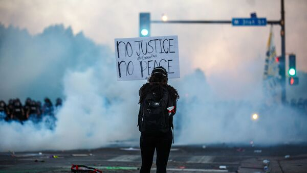 Διαμαρτυρίες στις ΗΠΑ - Sputnik Ελλάδα