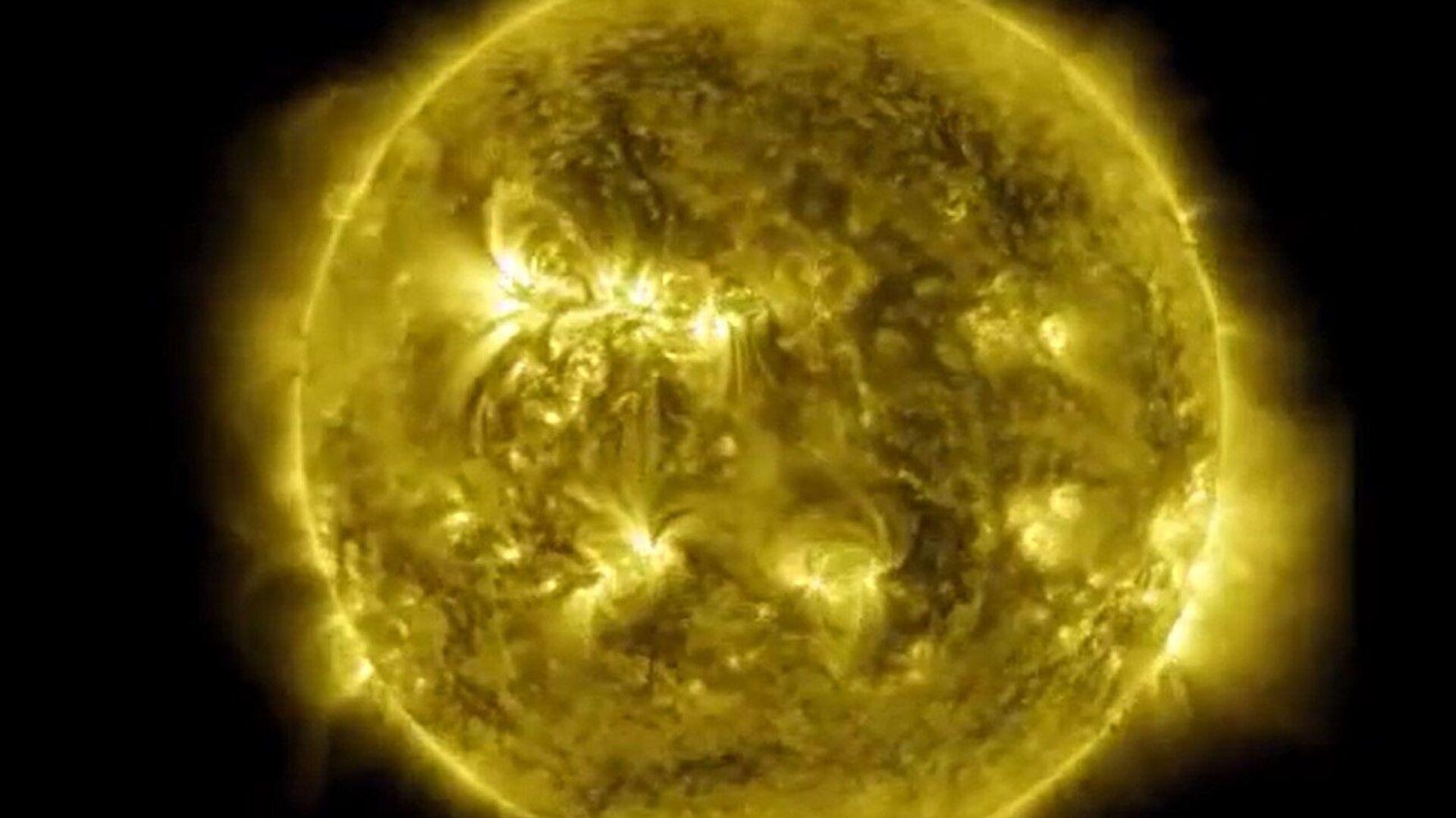 Ο Ήλιος αποτυπωμένος από το Παρατηρητήριο Ηλιακής Δυναμικής - Sputnik Ελλάδα, 1920, 03.10.2021