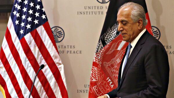 Ο Αμερικανός ειδικός εκπρόσωπος για τη Συμφιλίωση του Αφγανιστάν, Ζαλμάι Χαλιλζάντ - Sputnik Ελλάδα