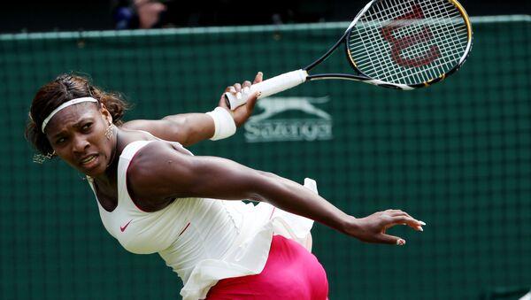 Η Σερένα Γουίλιαμς στο τουρνουά Wimbledon το 2010 - Sputnik Ελλάδα
