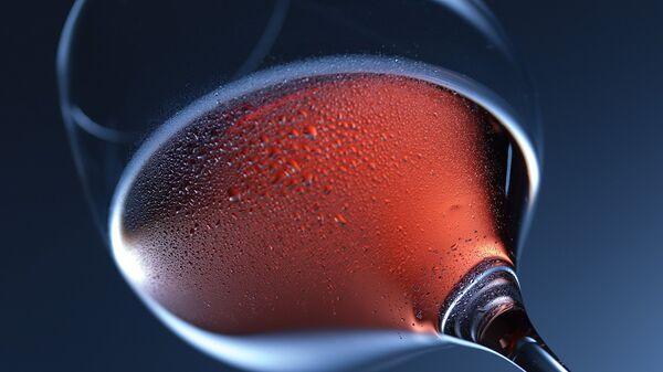 Κόκκινο κρασί σε ποτήρι - Sputnik Ελλάδα