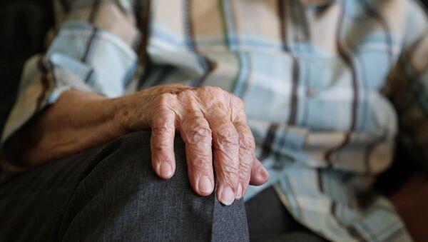 Ηλικιωμένος άντρας - Sputnik Ελλάδα